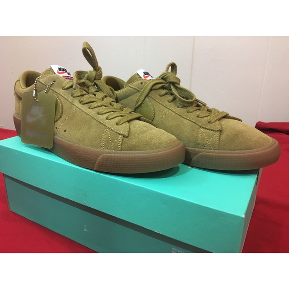 SUPREME  NIKE SB Blazer Low GT Golden Beige Shoes e55ad01a5